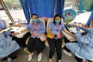 万顺叫车岳阳分公司与岳阳市中心血站联合开展献血公益活动